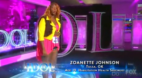 American Idol Season 12 Auditions: Zoanette Johnson Belts National Anthem with a Dash of Infectious Craziness!
