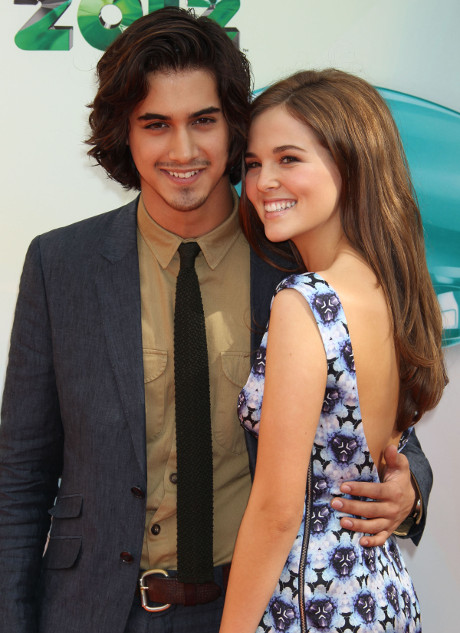 Twisted Star Avan Jogia and Zoey Deutch One of Hollywood's Most Adorable Couples?