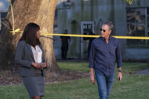 """NCIS: New Orleans Recap 11/22/20: Season 7 Episode 3 """"One Of Our Own"""""""