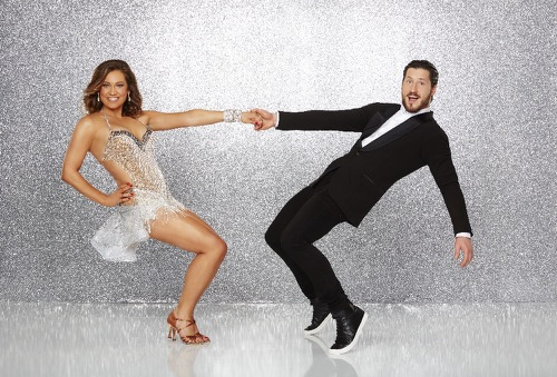 Dancing With The Stars Premiere Jive, Ginger Zee, Ginger Zee DWTS Premiere Jive, Ginger Zee, Ginger Zee Performance Video, Ginger Zee Season 22 Premiere Jive, Ginger Zee Season 22 Premiere Performance, Valentin Chmerkovskiy, DWTS Season 22 episode 1 Performance Videos