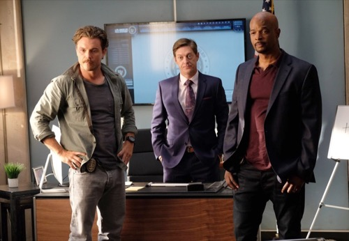 "Lethal Weapon Premiere Recap - Riggs and Murtaugh Great Start: Season 1 Episode 1 ""Pilot"""