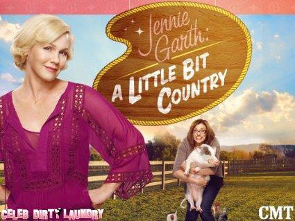 CMT's 'Jennie Garth: A Little Bit Country' Episode 4 First Look -- The Love Retreat