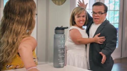 "7 Little Johnstons Premiere Recap 12/29/20: Season 8 Episode 1 ""Love In The Time Of Corona"""