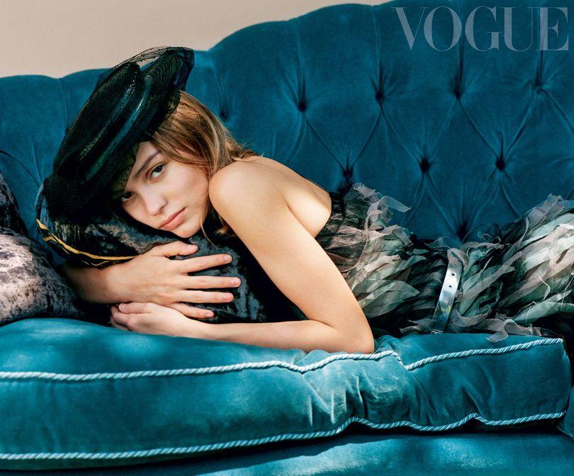 Lily-Rose Depp Slams Johnny Depp and Vanessa Paradis' Careless Parenting