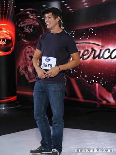 American Idol Contestant Alex Lambert Homeless?