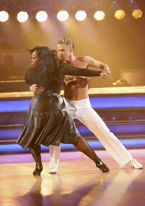 Amber Riley Dancing With the Stars Salsa Video 11/11/13