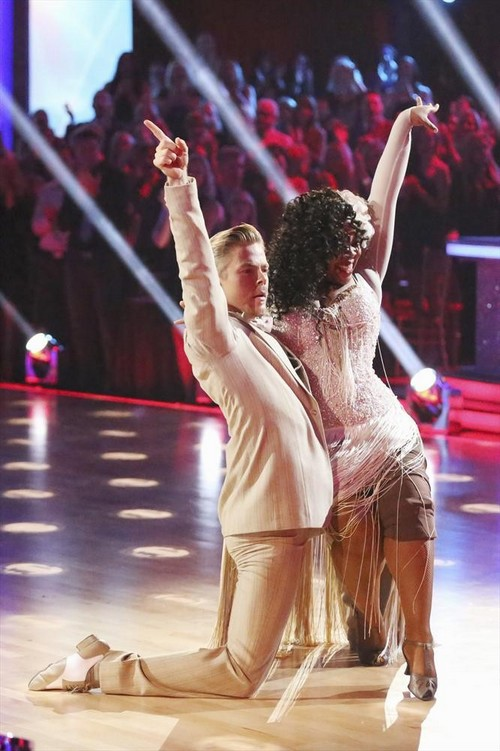 Amber Riley Dancing With the Stars Jazz Video 11/18/13