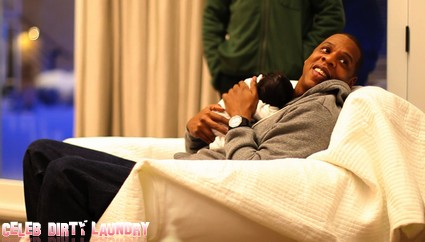 First Look At Beyonce's Little Girl Blue Ivy (Photos)