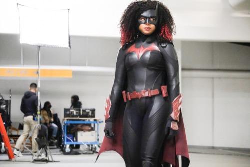 "Batwoman Recap 03/28/21: Season 2 Episode 9 ""Rule #1"""