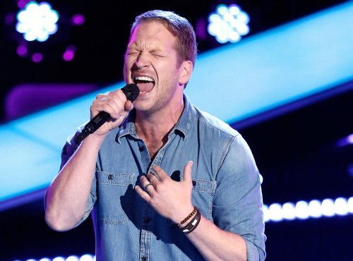 WATCH Barrett Baber Perform 'Die a Happy Man' on The Voice Top 4 Finals Video 12/14/15