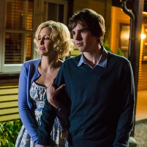 "Bates Motel Premiere Recap and Review: Season 4 Episode 1 ""A Danger to Himself and Others"""