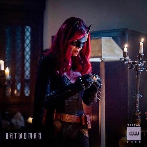 """Batwoman Recap 02/23/20: Season 1 Episode 13 """"Drink Me"""""""
