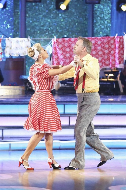 Bill Engvall Dancing With the Stars Cha Cha Video 11/18/13