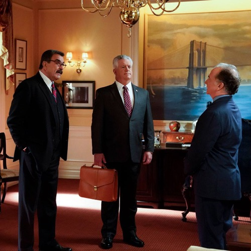 "Blue Bloods Recap 12/1/17: Season 8 Episode 9 ""Pain Killers"""