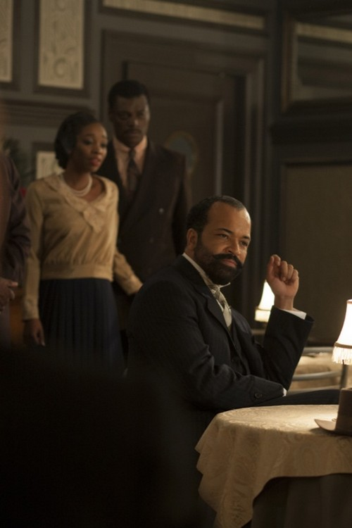 "Boardwalk Empire RECAP 11/24/13: Season 4 Finale ""Farewell Daddy Blues"""