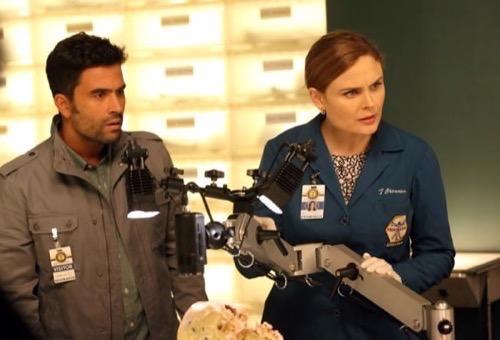 "Bones Recap - Cyndi Lauper is Back as Avalon! Season 10 Episode 11 ""The Psychic in the Soup"""