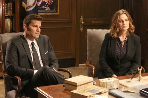 """Bones Recap 11/19/15: Season 11 Episode 8 """"High Treason in the Holiday Season"""""""