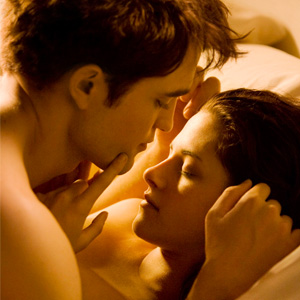 Robert Pattinson & Kristen Stewart's Breaking Dawn Sex Scenes Sizzle