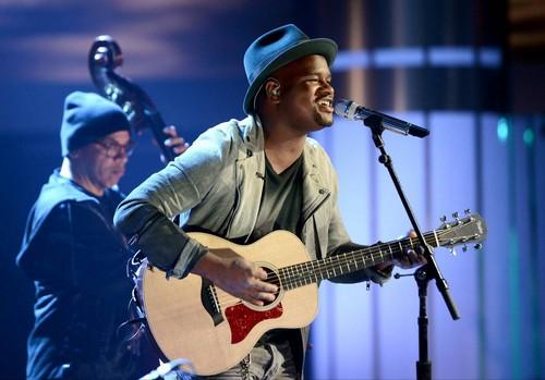 "C. J. Harris American Idol ""Soulshine"" Video 4/2/14 #IdolTop8"