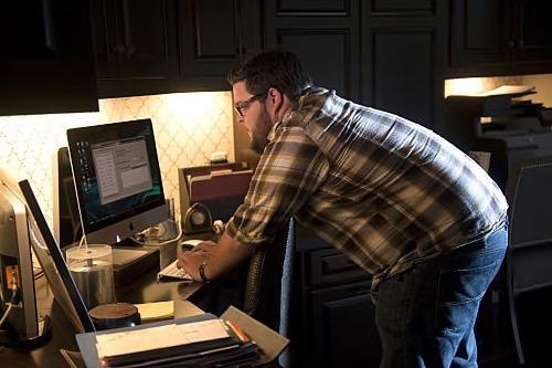 """CSI Cyber Recap 5/13/15: Season 1 Finale """"Bit by Bit/Family Secrets"""""""