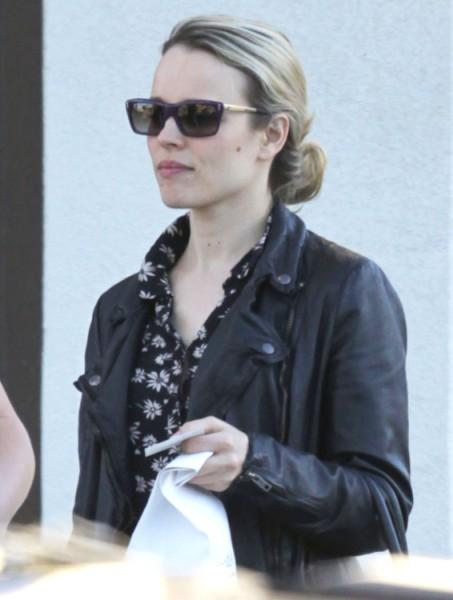 Bradley Cooper And Rachel McAdams Hooking Up - Did Ryan Gosling Play Matchmaker? 0412