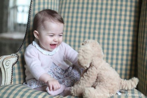 Kate Middleton's Personal Photos of Princess Charlotte Assert Middle-Class Values - Queen Elizabeth Disgusted
