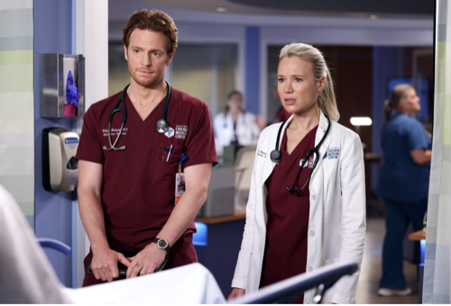 """Chicago Med Recap 09/29/21: Season 7 Episode 2 """"To Lean In, or to Let Go"""""""