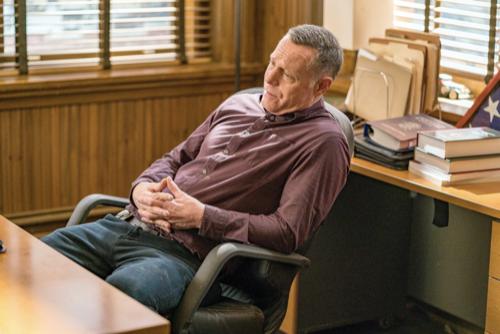 "Chicago PD Premiere Recap 11/11/20: Season 8 Episode 1 ""Fighting Ghosts"""