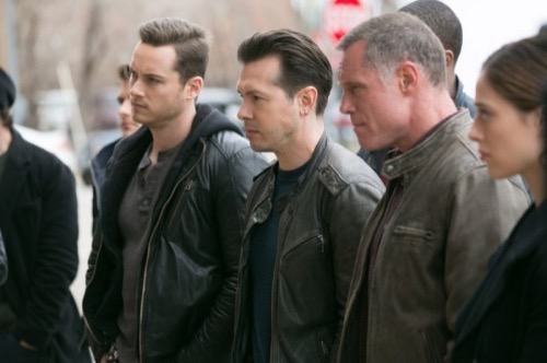 """Chicago PD Recap and Spoilers: Season 2 Episode 22 """"There's My Girl"""""""