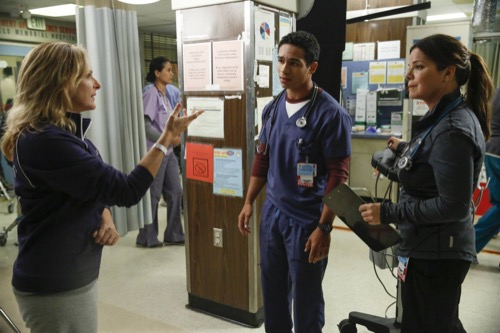 "Code Black Recap 12/7/16: Season 2 Episode 10 ""Ave Maria"""