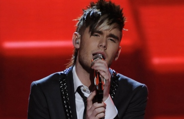 Colton Dixon  American Idol 2012 'Bad Romance' Video 4/18/12