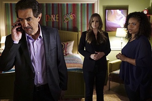 "Criminal Minds Finale Recap and Spoilers 5/6/15: Season 10 Episode 23 ""The Hunt"""