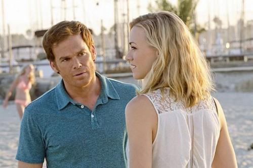"Dexter Season 8 Episode 7 REVIEW ""Dexter Still Has A Thing For Hannah"""