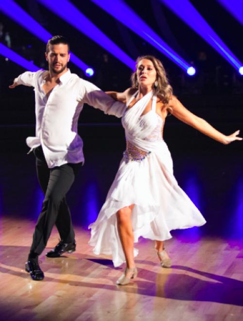 Alexa PenaVega Dancing With The Stars Jazz Video Season 21 Week 3 – 9/28/15 #DWTS