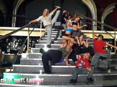 Who Got Voted Off Dancing With The Stars 10/25/11?