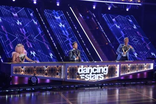 "Dancing With the Stars Recap 10/05/20: Season 29 Episode 4 ""Top 13"""