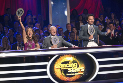 "Dancing With the Stars 2016 Recap - Double Elimination: Kim Fields and Von Miller Voted Off Season 22 Week 7 ""Icons Night"""