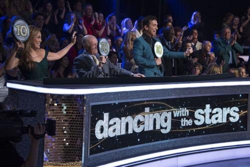 "Dancing With the Stars Recap 10/15/18: Season 27 Week 4 ""Trio Night"""