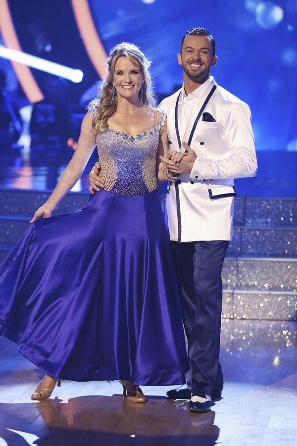 Lea Thompson & Artem Chigvintsev Dancing With the Stars Jive Video Season 19 Week 2 9/22/14 #DWTS