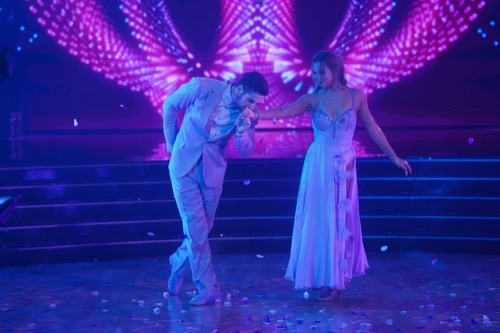 "Dancing With the Stars Finale Recap 11/25/19: Season 28 Episode 11 ""Winner Announced"""