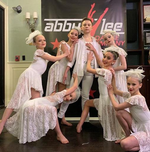 "Dance Moms Recap 09/03/19: Season 8 Episode 16 ""Reunion: Return of the ALDC"""