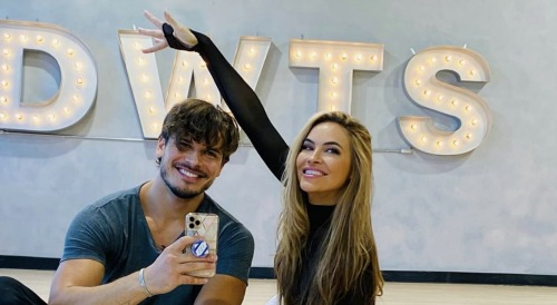 Dancing With the Stars Spoilers: Gleb Savchenko Got Caught in Chrishell Stause's Dress, Last Rehearsal Was 'Close to Disastrous'