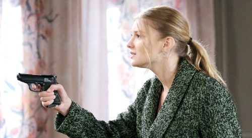 Days of Our Lives Spoilers: Ava Rescues Tripp When Allie Holds Him At Gunpoint - Promises To Help Son Prove Innocence