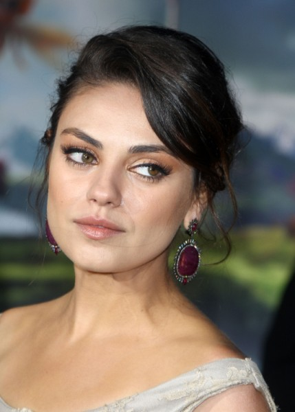 Mila Kunis Finally Talks Ashton Kutcher After Cheating Rumors Surface 0214