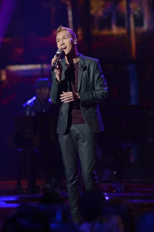 "Devin Velez American Idol ""The Tracks Of My Tears"" Video 3/27/13"