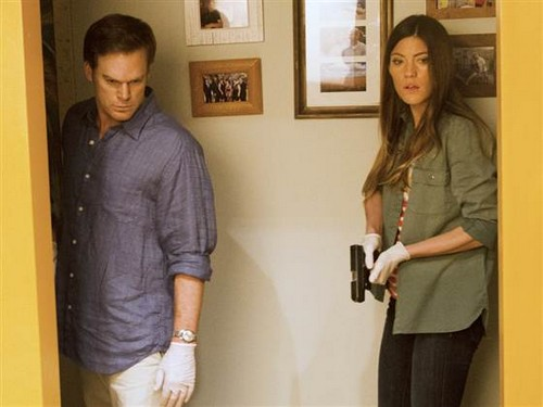 "Dexter Season 8 Episode 5 REVIEW ""Dexter & Deb Work Together Again"""