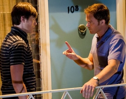 "Dexter Season 8 Episode 7 ""Dress Code"" Sneak Peek Video & Spoilers"