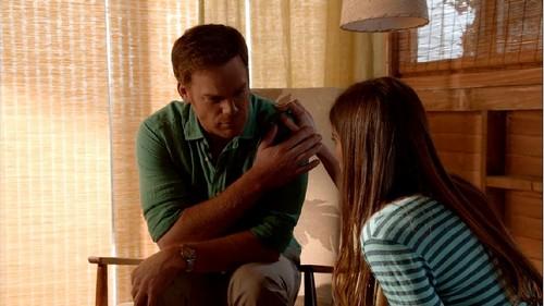 "Dexter RECAP 9/15/13: Season 8 Episode 11 ""Monkey In A Box"""