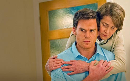 "Dexter Season 8 Episode 2 Review ""Dr. Vogel Is Dexter's Spiritual Mother"""