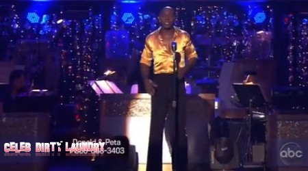 Donald Driver Dancing With The Stars Cha Cha Cha Performance Video 3/19/12